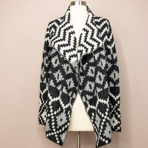 Sioni Open Cardigan Sweater